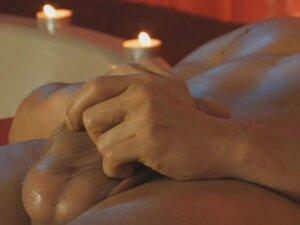 relaksujący masaż penisa